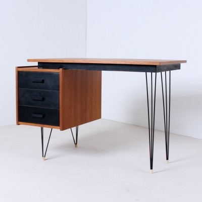 Hairpin writing desk from the fifties by Cees Braakman for Pastoe