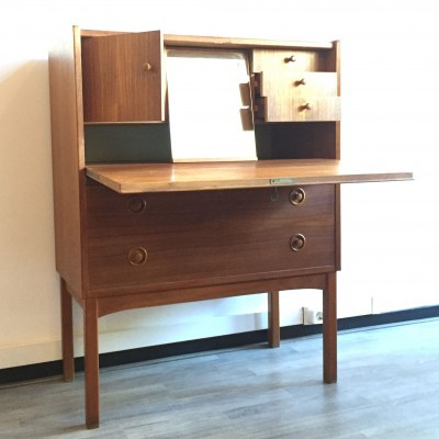 Dressing Table cabinet from the sixties by unknown designer for unknown producer