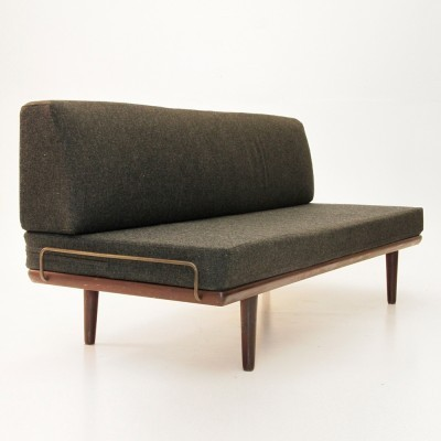 GE-19 daybed from the fifties by Hans Wegner for Getama