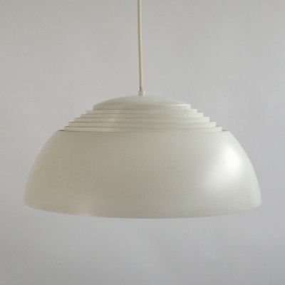 AJ Royal Pendant hanging lamp from the sixties by Arne Jacobsen for Louis Poulsen