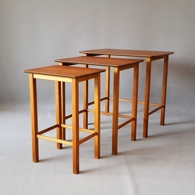 Nesting table by unknown designer for unknown producer