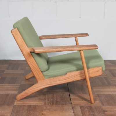 GE290 lounge chair from the fifties by Hans Wegner for Getama