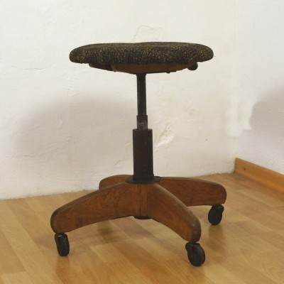 Stool from the forties by unknown designer for Stoll Giroflex