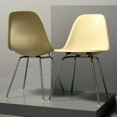 Pair of Sidechair dining chairs by Charles & Ray Eames for Herman Miller, 1950s
