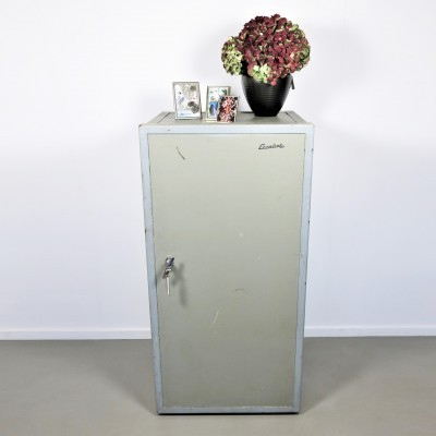 Cabinet from the fifties by unknown designer for Escoliet