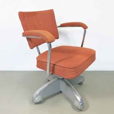 Office chair from the fifties by unknown designer for unknown producer