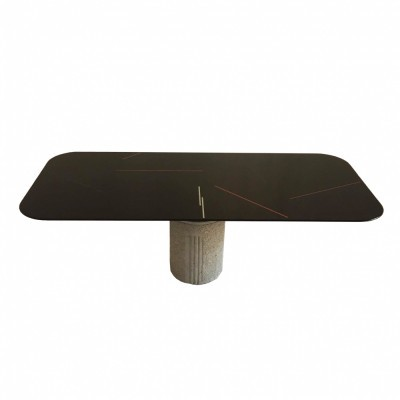 Dining table from the eighties by Giovanni Offredi for Saporiti