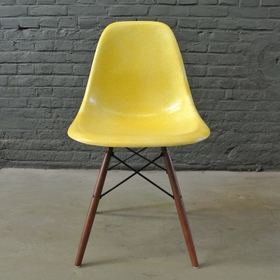 2 DSW Canary Yellow dinner chairs from the fifties by Charles & Ray Eames for Herman Miller