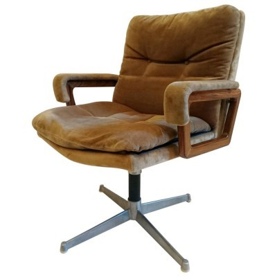 Office chair by unknown designer for unknown producer