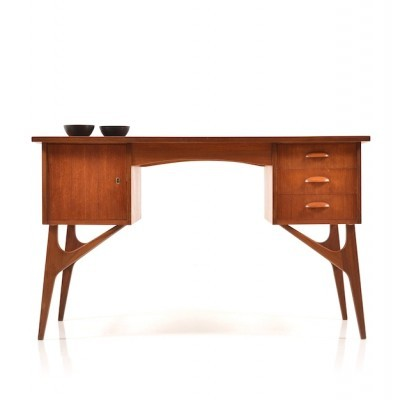 Writing desk from the fifties by unknown designer for A Slotboom Lockwood