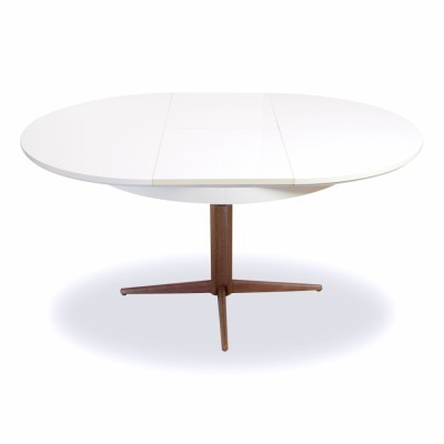 Dining table from the fifties by Nanna Ditzel for Kolds Savverk