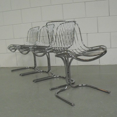 Set of 4 dinner chairs from the seventies by unknown designer for unknown producer