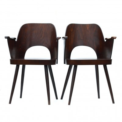 Set of 2 model 1515 dinner chairs from the fifties by Oswald Haerdtl for Ton Czechoslovakia