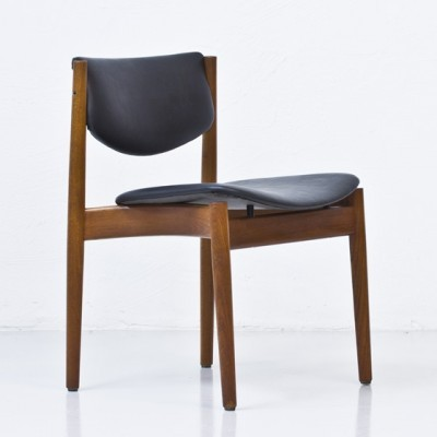Model 197 dinner chair from the sixties by Finn Juhl for France & Son