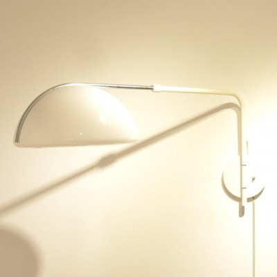 Wall lamp from the seventies by unknown designer for Guzzini