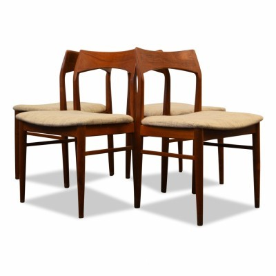 Set of 4 dinner chairs by Henning Kjernulf for Vejle Stolefabrik, 1950s