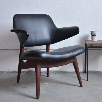 2 arm chairs from the fifties by Louis van Teeffelen for Wébé