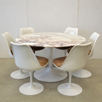 Model 151 dinner set from the fifties by Eero Saarinen for Knoll International