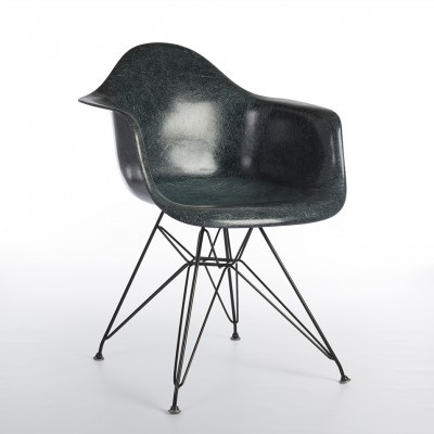 DAR Eiffel arm chair from the fifties by Charles & Ray Eames for Zenith Plastics