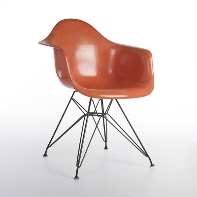 DAR Eiffel arm chair from the fifties by Charles & Ray Eames for Herman Miller