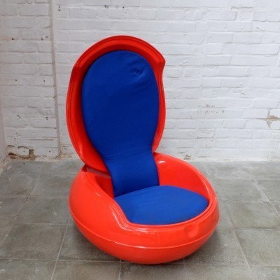 Garden Egg lounge chair from the sixties by Peter Ghyczy for Elastogran & Reuter