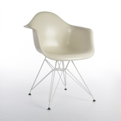 DAR Eiffel arm chair by Charles & Ray Eames for Herman Miller, 1990s