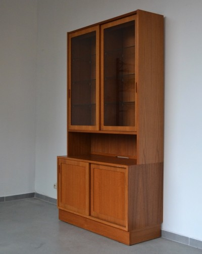 Cabinet from the sixties by Carlo Jensen for Poul Hundevad