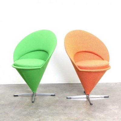 2 Cone dinner chairs by Verner Panton for Fritz Hansen