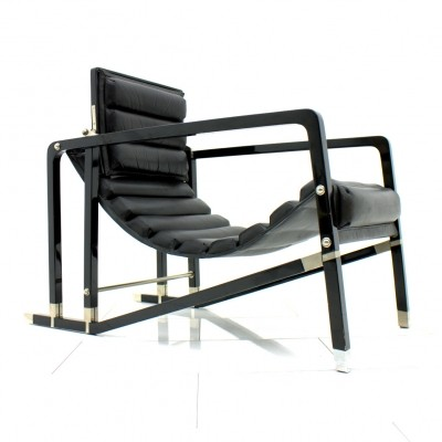 Transat lounge chair from the twenties by Eileen Gray for Ecart International