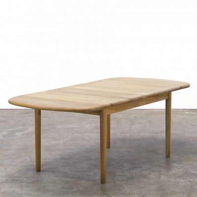 Coffee table from the sixties by Hans Wegner for Getama