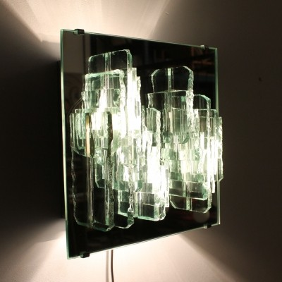 C-1517 Breukreliëf wall lamp from the seventies by unknown designer for Raak Amsterdam