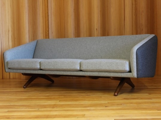 ML-90 sofa by Illum Wikkelsø for A. Mikael Laursen, 1950s