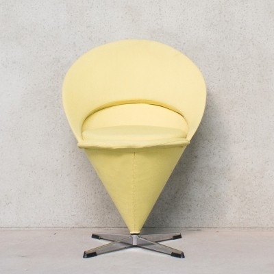 Cone arm chair from the fifties by Verner Panton for Plus Linje