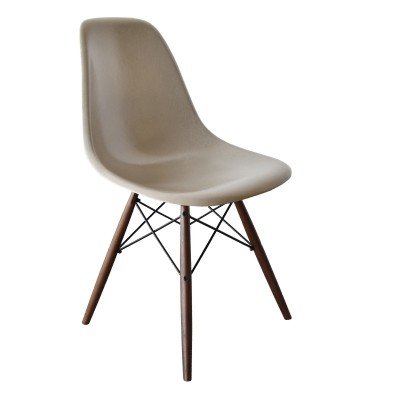 6 DSW Greige dinner chairs from the sixties by Charles & Ray Eames for Herman Miller