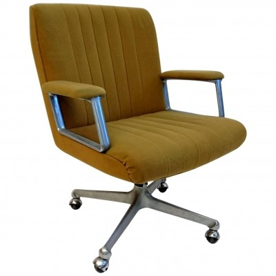 P125 office chair by Osvaldo Borsani for Tecno, 1960s