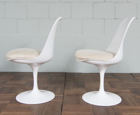 2 dinner chairs from the fifties by Eero Saarinen for Knoll