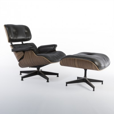 Limited Edition lounge chair from the nineties by Charles & Ray Eames for Herman Miller