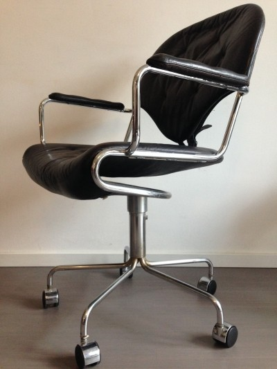 Office chair from the sixties by Sam Larsson for Dux