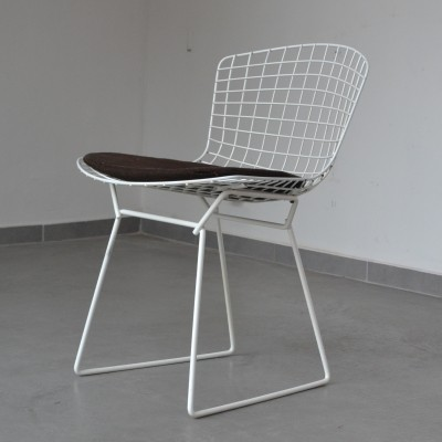 4 dinner chairs from the sixties by Harry Bertoia for Knoll International