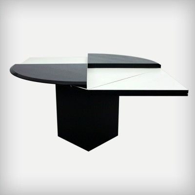 Quadrondo dining table from the eighties by Erwin Nagel for Rosental Studio Line Germany