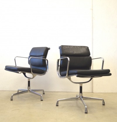 5 EA208 office chairs from the fifties by Charles & Ray Eames for Vitra