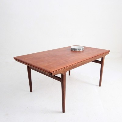 Dining table from the fifties by Johannes Andersen for unknown producer