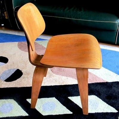 DCW dinner chair from the fifties by Charles & Ray Eames for Herman Miller