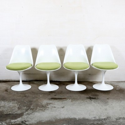 4 dinner chairs from the fifties by Eero Saarinen for Knoll International