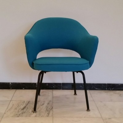 Set of 4 Executive dinner chairs by Eero Saarinen for Knoll International, 1950s