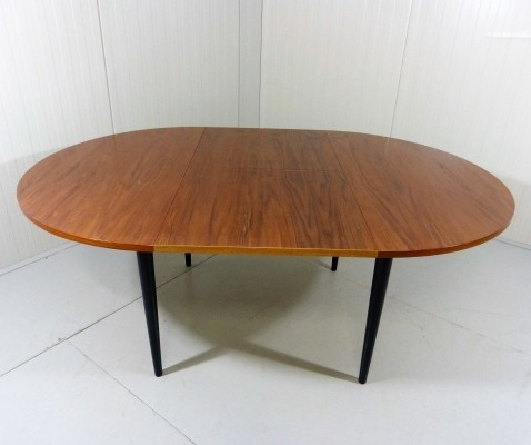 Extendable dining table from the sixties by Ilmari Tapiovaara for Asko