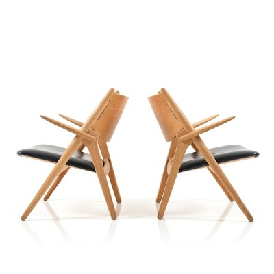 Set of 2 CH28 / Saw Horse arm chairs from the sixties by Hans Wegner for Carl Hansen & Son