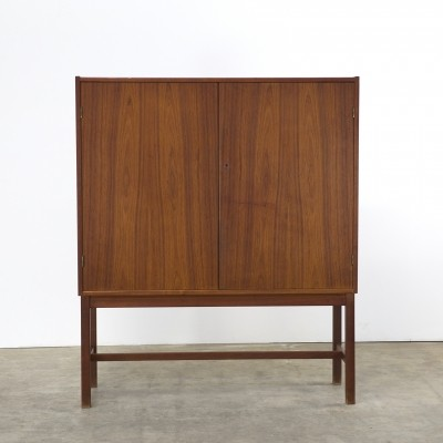 Cabinet from the sixties by Nils Jonsson for Troeds