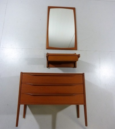 Hall Set Mirror / Console / Chest of Drawers