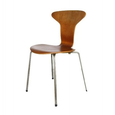 Mosquito dinner chair from the fifties by Arne Jacobsen for Fritz Hansen